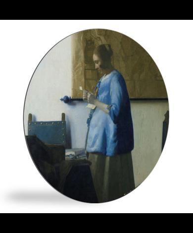 Brieflezende vrouw in het blauw - Schilderij van Johannes Vermeer wandcirkel